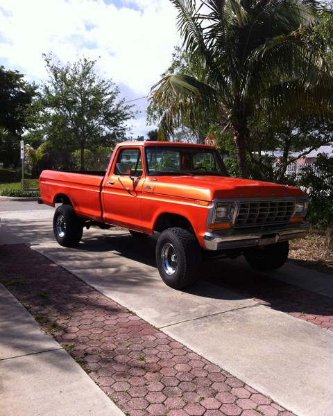 Orange Copper kandy and Gold Ghost Pearl on Ford F-150 kustom Paint.