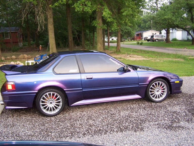 This Honda was painted using our Blue Purple flip paint Kolorshift Pearls  pigment.
