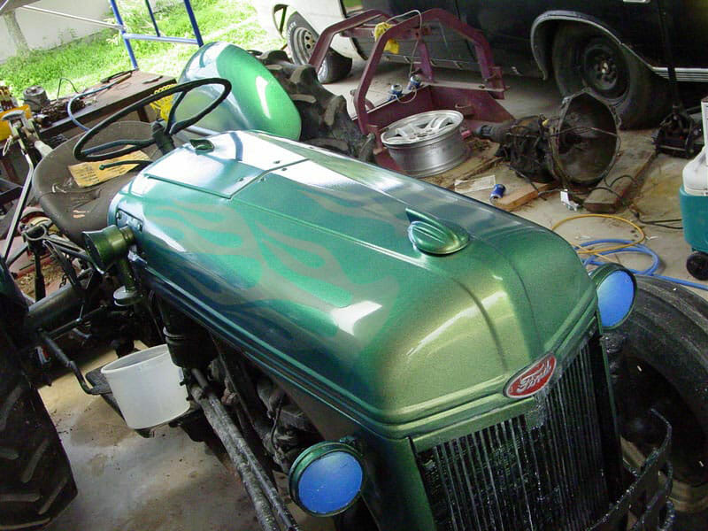 Richard Clemmey's Chameleon Tractor! Green Gold Chamelon Flip Paint.