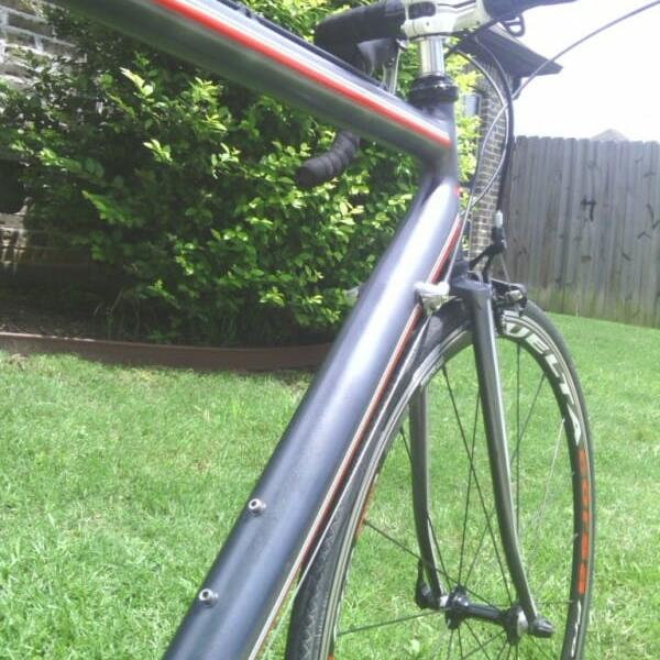 black gunmetal Kolor Pearls on road bike
